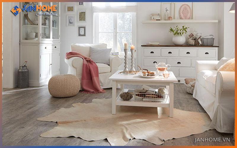 Sàn gỗ Thái Lan có màu trung tính, hài hòa với đồ nội thất trong phòng