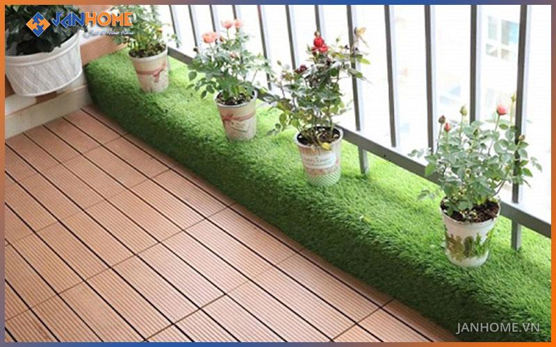 Vỉ gạch gỗ nhựa mang đến sự sang trọng, sach sẽ cho không gian ngoại thất